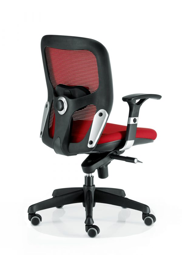 Silla Boston sincro con brazos regulables color roja respaldo con apoyo lumbar