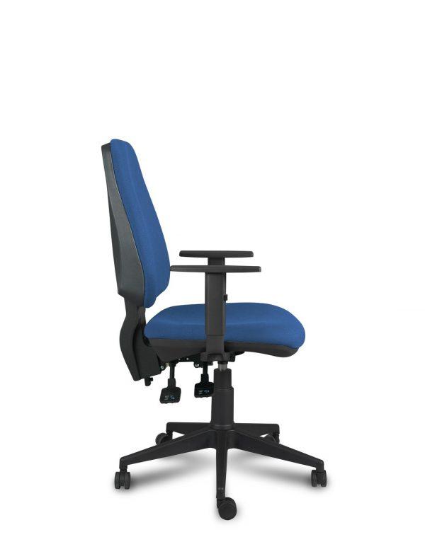 silla equis tapizada en azul