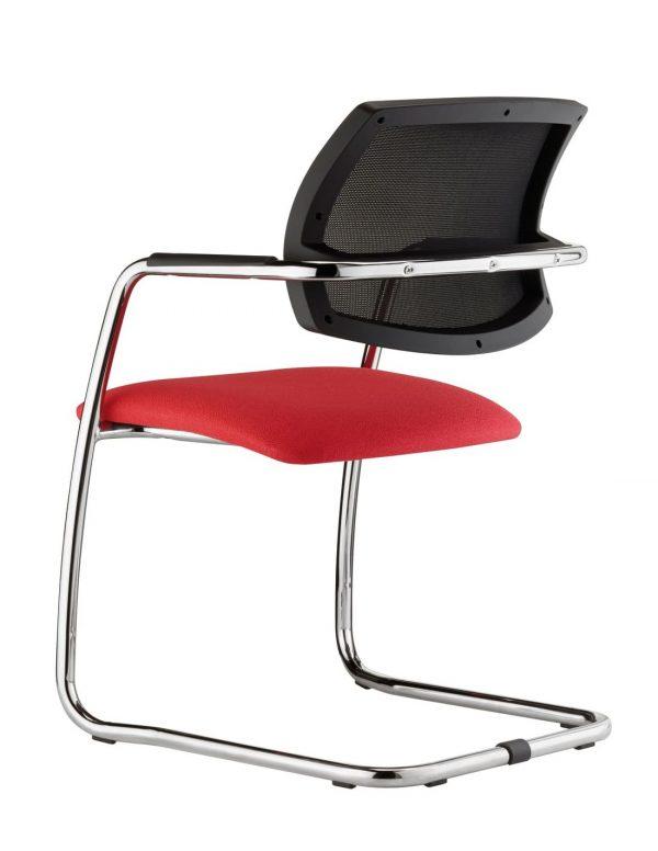 Silla Eva respaldo malla negra asiento tapizado rojo