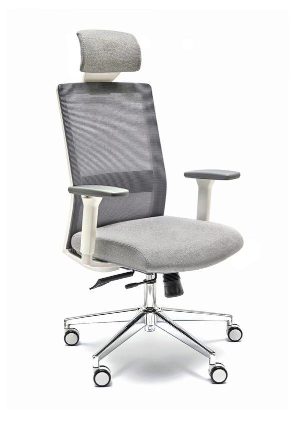 Sillas NIZA B CB con cabecero y sistema sincro asiento tapizado en gris brazos regulables